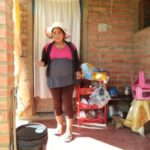 Deysi from Bolivia received a loan of $1,000 to buy machines to improve clothing production.